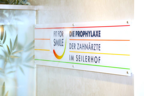 Prophylaxezentrum Logo